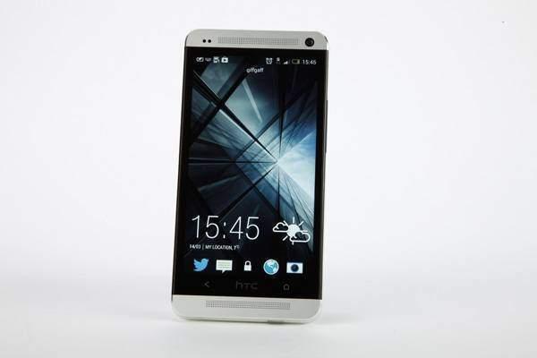 HTC One: trapelano i primi screenshot di Android 4.2.2