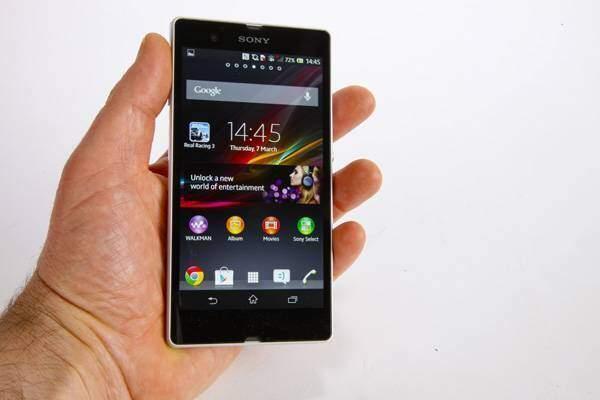 Sony Xperia Z: prima video recensione con Android 4.2.2 ufficiale