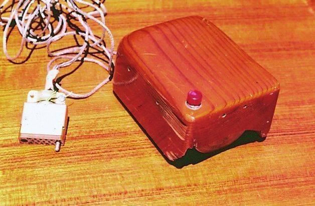 Il primo mouse ideato da Engelbart.