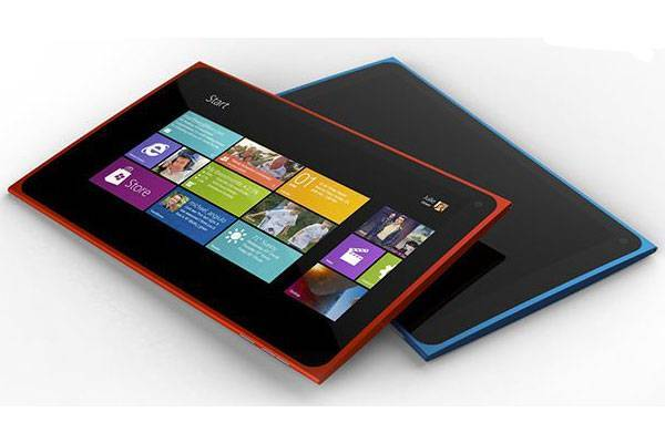 Prima immagine del tablet Nokia con Windows RT e Snapdragon 800