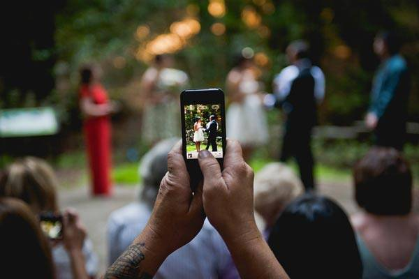 iphone-wedding-photog