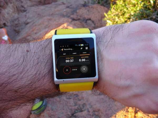 A.I watch, un nuovo smartwatch con funzioni telefoniche su Indiegogo