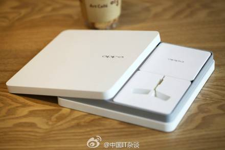 Oppo N1: anche la confezione di vendita è originale! (FOTO)