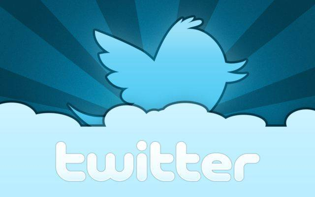 Twitter insegue Facebook e punta verso l'ingresso in borsa!