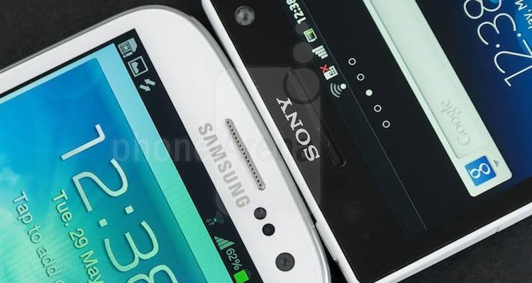 Samsung-Galaxy-S-III-vs-Sony-Xperia-S-04