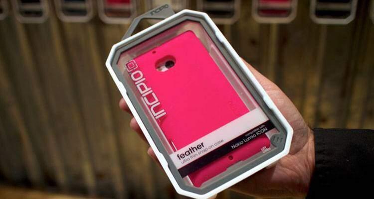Nokia Lumia 929, trapelano immagini e scheda tecnica