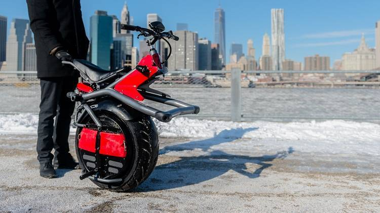 Ryno: arriva il nuovo futuristico veicolo ad una ruota! [VIDEO]
