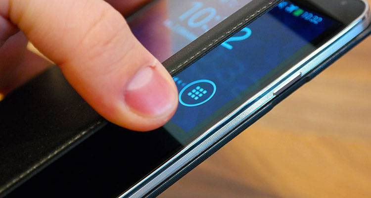 Samsung Galaxy Note 4 appare nel benchmark AnTuTu