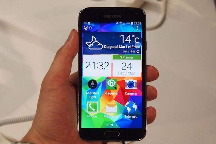 Samsung Galaxy S5 si aggiorna ad un giorno dal lancio ufficiale