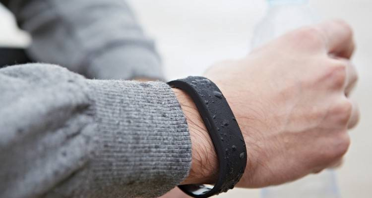 Sony SmartBand disponibile in Italia a 89 euro