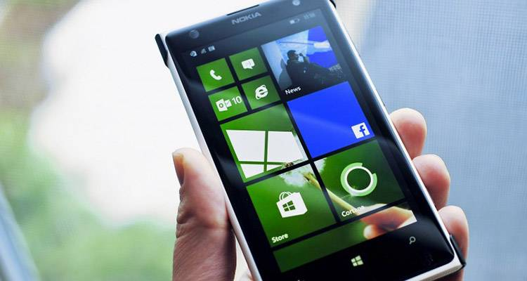 Windows Phone 8.1, primi smartphone a fine aprile