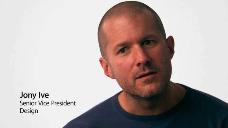 Apple: Jonathan Ive scuote il team di progettazione di iOS