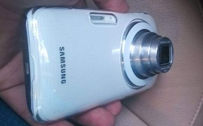 Samsung Galaxy K: nuove immagini mostrano il dispositivo