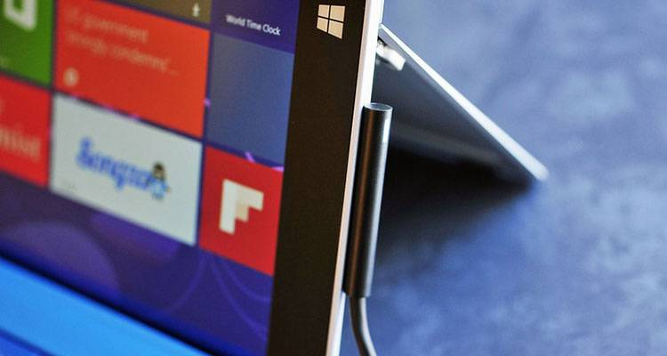 Surface Pro 3 connettore magnetico
