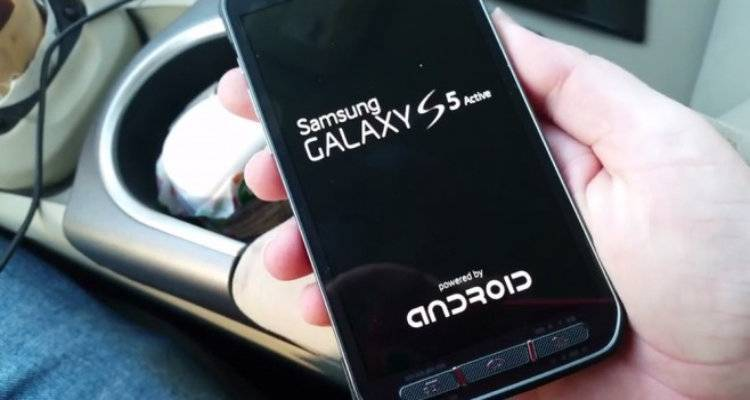 Samsung Galaxy S5 Active: caratteristiche, benchmark e video hands-on