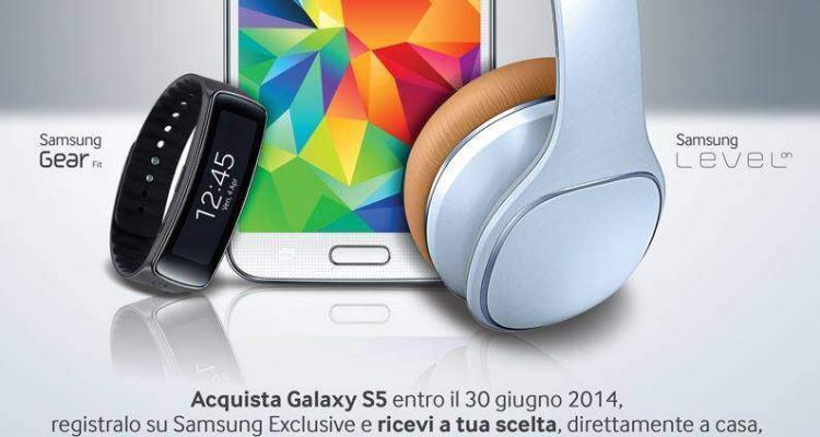 locandina offerta Samsung Galaxy S5 in promozione con Gear Fit
