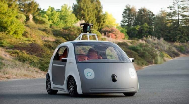 Automobili con pilota automatico: da Gennaio in Inghilterra