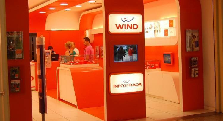 Estate Wind: 1000 minuti, 1000 sms e 5GB al mese a 6 euro!