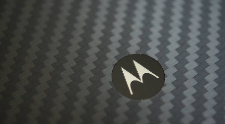 Motorola Moto S, forse in due varianti da 5.2″ e 5.9″