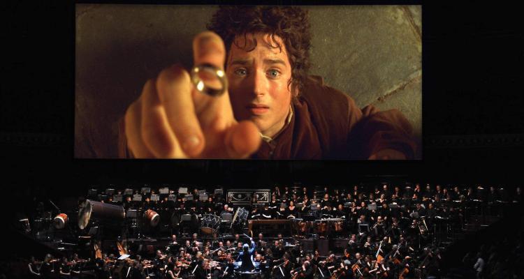 Orchestra accompagna Il Signore degli Anelli, di Peter Jackson