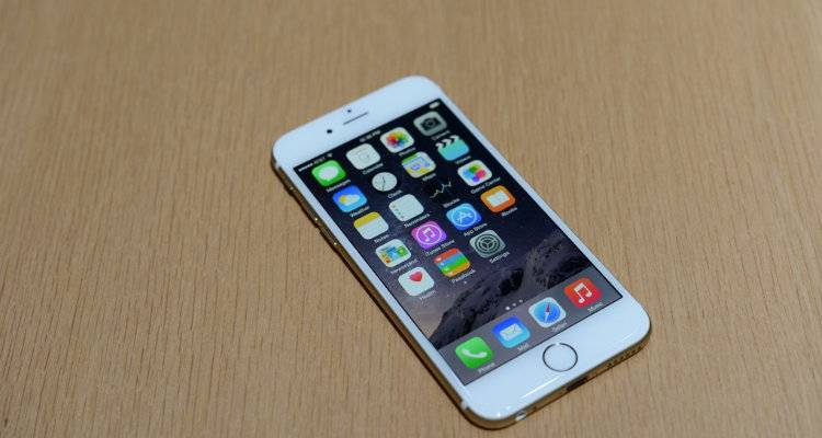 Apple iPhone 6 da 16GB: tre colori in offerta su eBay a 599€