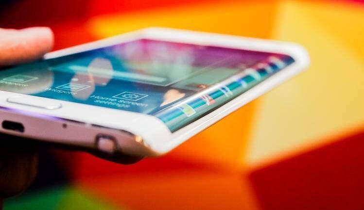 Il Samsung Galaxy Note Edge annunciato all'IFA 2014.