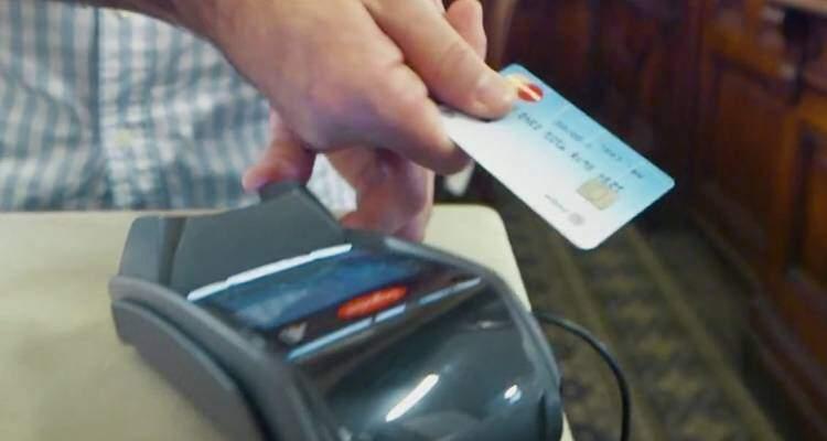 Carta di credito MasterCard con lettore di impronte