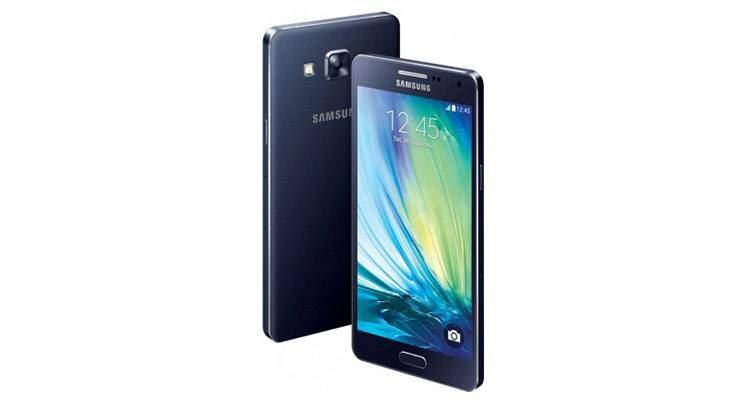 Render di Samsung Galaxy A5, nuovo smartphone in metallo del produttore coreano.