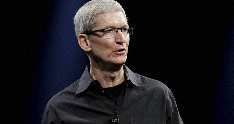 "Tim Cook: ""orgoglioso di essere gay"", il coming out del CEO Apple"