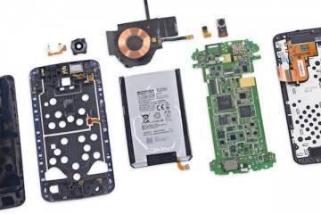 Foto del teardown del Nexus 6 eseguito da iFixit