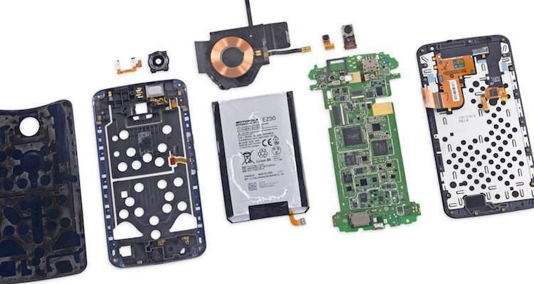 Il Nexus 6 smontato pezzo per pezzo da iFixit