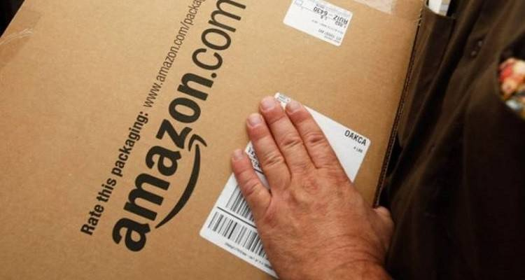 Pick-up Point: nuovo sistema di consegna varato da Amazon