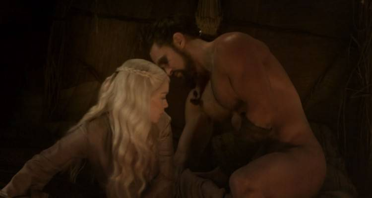 Jason Momoa nudo in Game of Thrones
