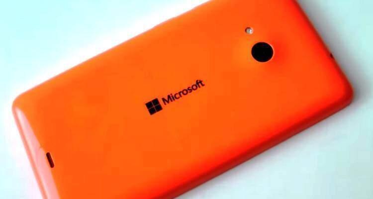Microsoft, i Lumia low-cost non vendono più: produzione ridotta