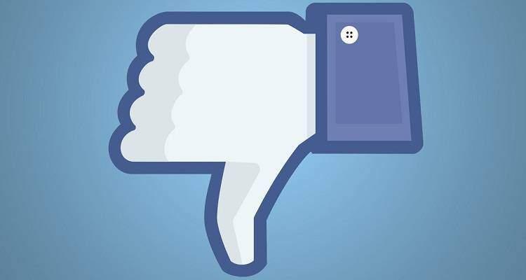 """Facebook, tasto """"Non mi piace"""": Zuckerberg affronta il caso"""