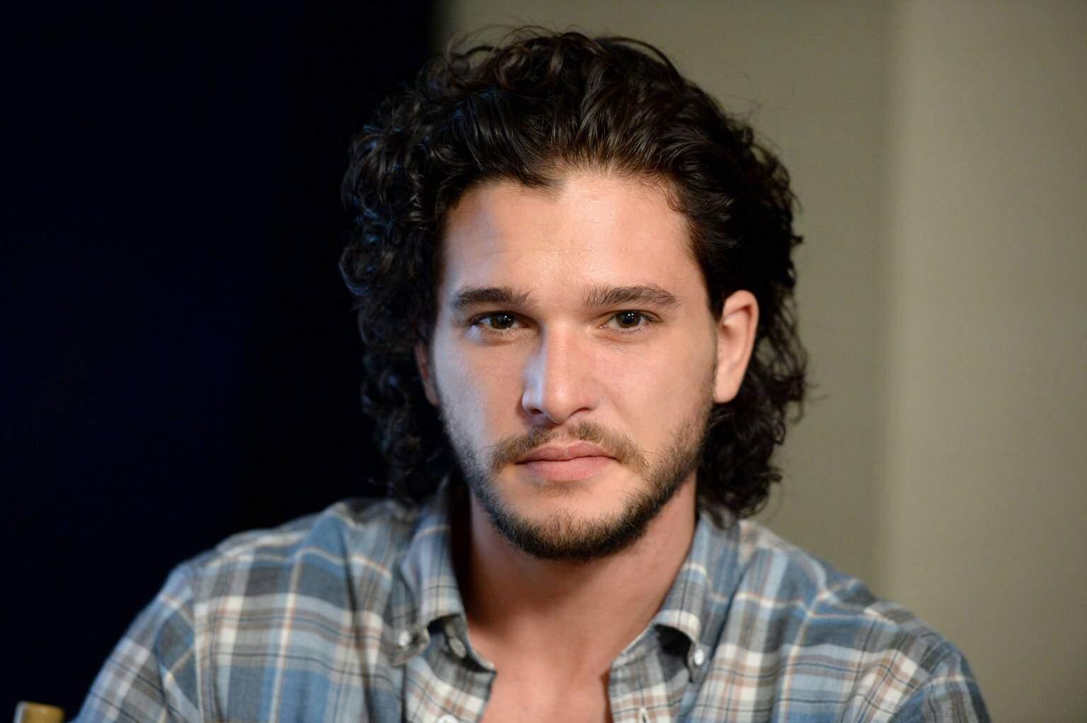 Game of Thrones non permette a Kit Harington di tagliarsi i capelli