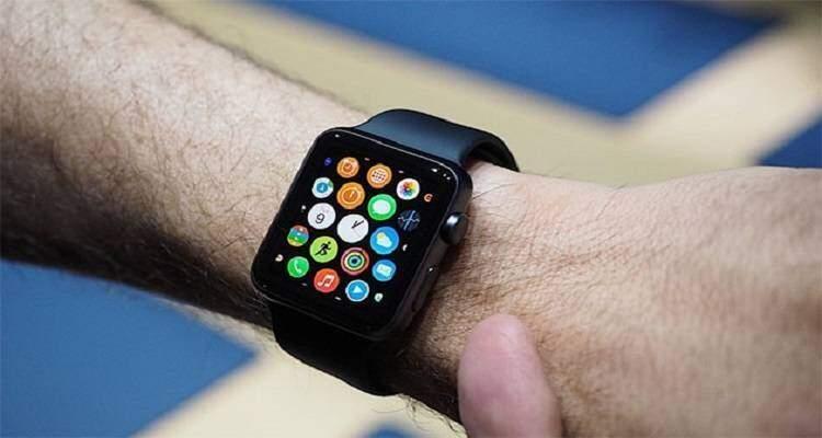 Apple Watch: sul mercato a partire da Aprile