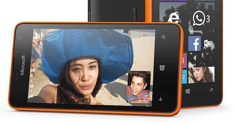Foto di presentazione del nuovo Microsoft Lumia 430