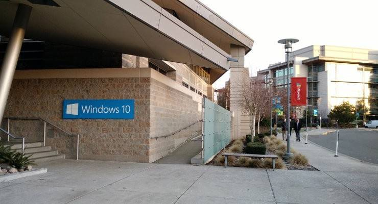 Windows 10: Microsoft offre upgrade gratis anche per le copie pirat