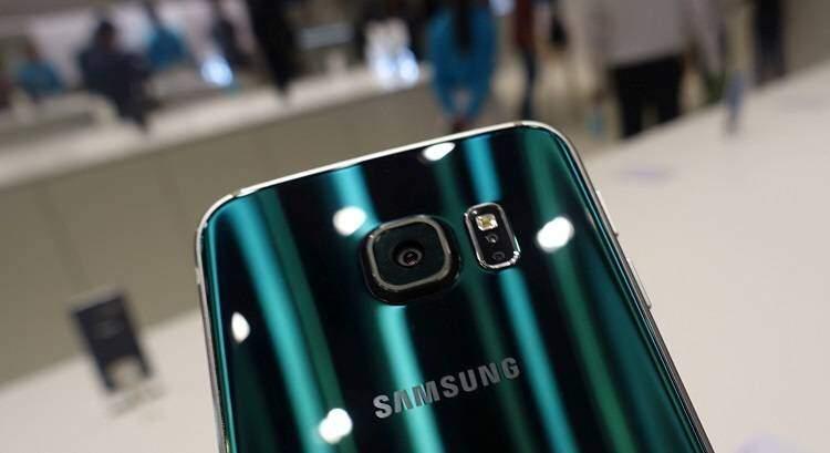Samsung Galaxy S6, batteria: l'autonomia non deluderà