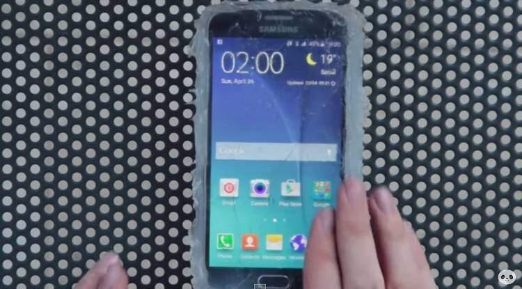 Come rendere impermeabile un Samsung Galaxy S6 se si è pazzi?