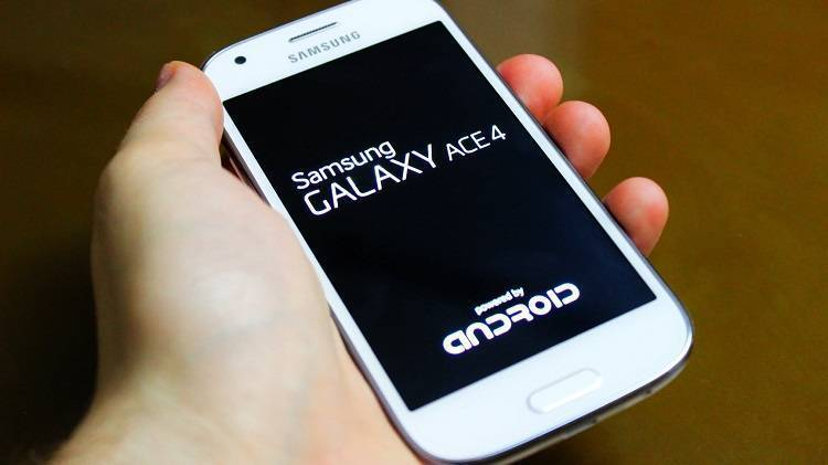 Android Lollipop, brutte notizie per il Galaxy Ace 4