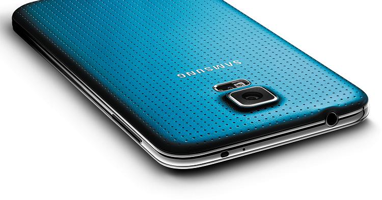 Samsung Galaxy S5: primo aggiornamento ad Android 6.0 Marshmallow