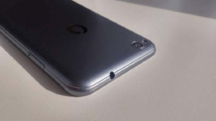 Vodafone, mostrato lo Smart Ultra 6 con 2 GB di RAM a 170€