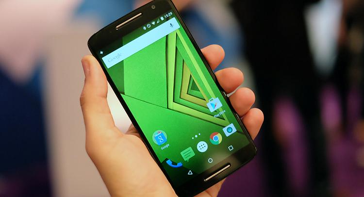 Motorola Moto X Play: caratteristiche tecniche e video hands-on