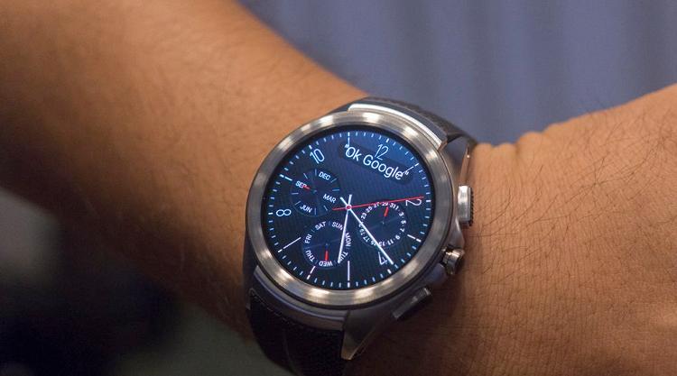 LG Watch Urbane 2 LTE su polso: i primi video hands on
