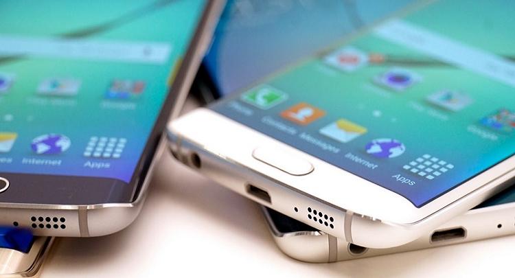 Samsung, il primo smartphone pieghevole in Italia dal 2016?