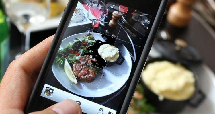 Instagram fa ingrassare: la (curiosa) scoperta di uno studio UK