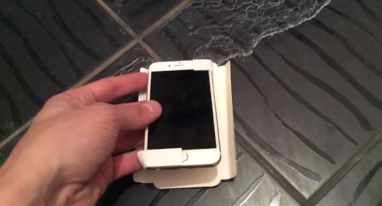 Apple: iPhone 6C appare in un inedito video leaked