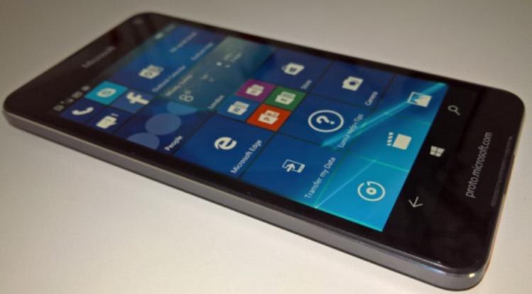 Microsoft Lumia 650 fa tappa alla FCC: l'LTE è sicuro
